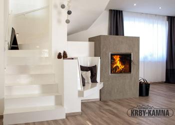 Akumulační kachlová kamna s topeništěm Ortner a KMS systémem Ortner, kachle Hein bílá lesk